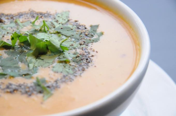 Süßkartoffel Kokos Suppe mitKoriander